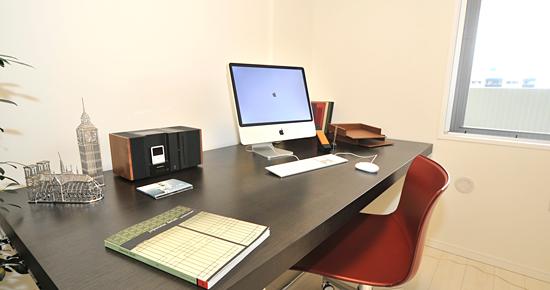 パソコンのある書斎